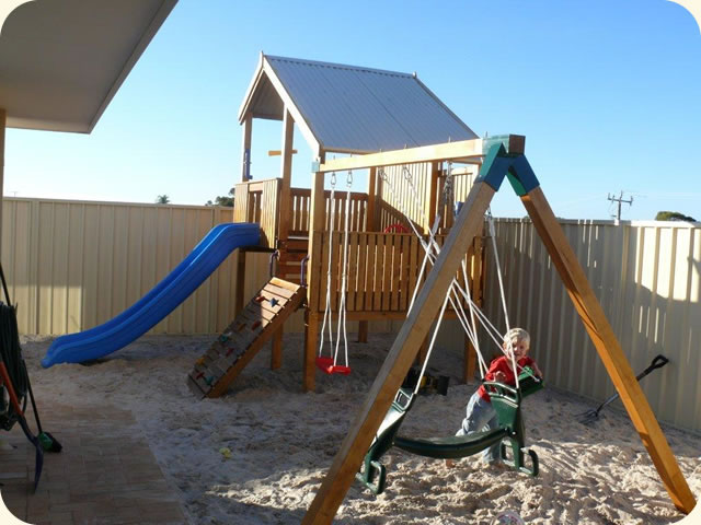 Turbo Swing Set Cubbyhouse, cubby house australia, cubby houses for sale, cubby houses